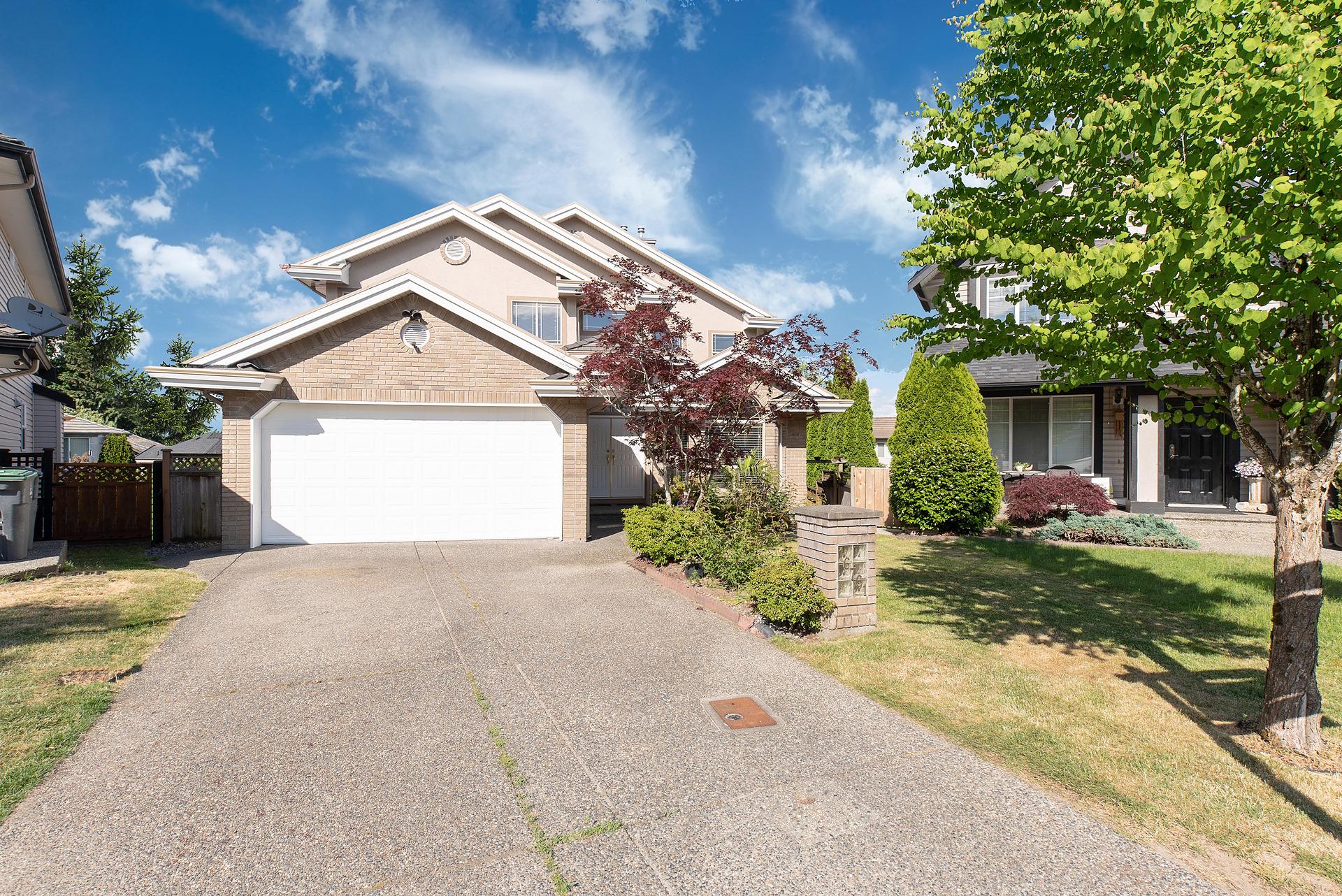 16761 85 AVENUE, Surrey, BC