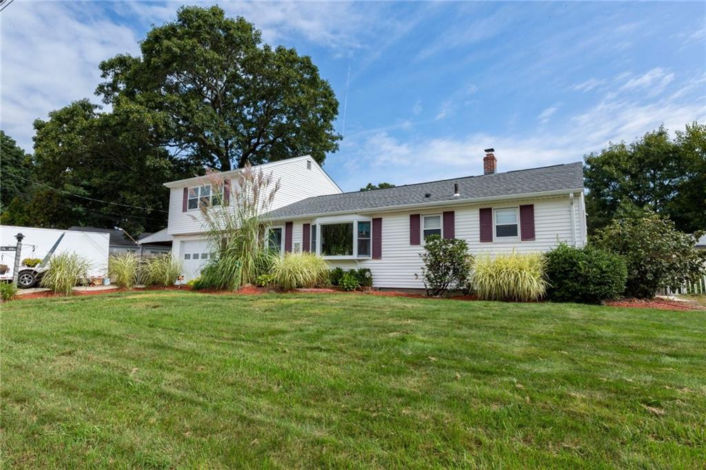 16 Caverly St , Warwick, Rhode Island I Sat 10/26 from 10:00-11:30AM