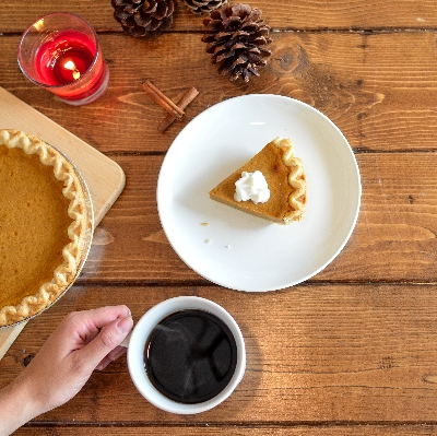 Fun autumn activities such as baking for self-care #selfcare #fall #autumn