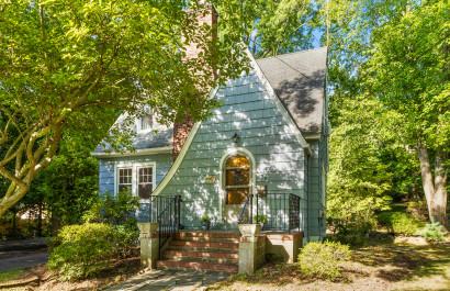 Charming Rental at 159 East Cedar St in Livingston