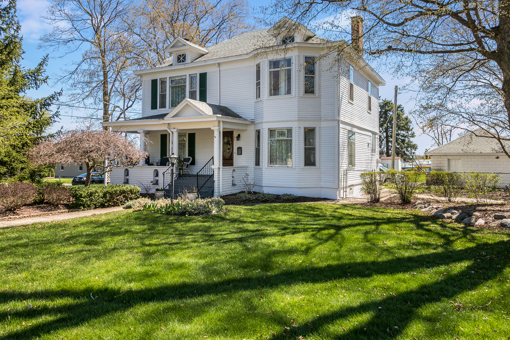 184 Caster Ave.   Plymouth, MI   The Art of Plymouth Real Estate. Perfected.