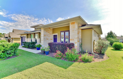 Modern bungalow for sale in Avery Ranch