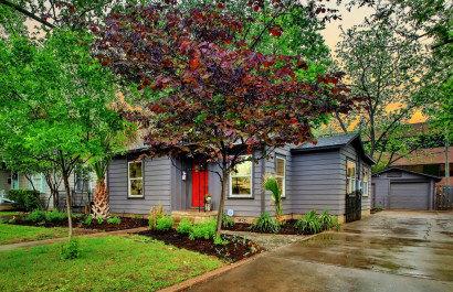 Vibrant cottage for sale in Austin's Rosedale neighborhood