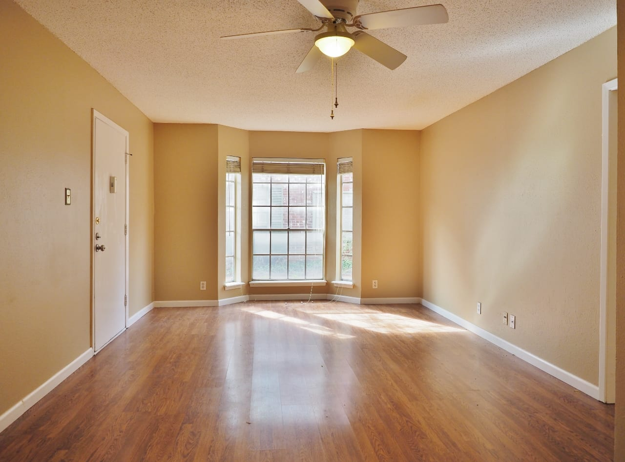 Conveniently located condo for sale in Central Austin