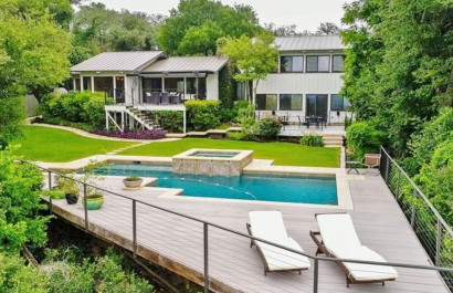 Four homes for sale in Austin's 78731 zip code with swimming pools