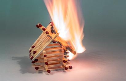 Smoke Detectors - A Hot Topic