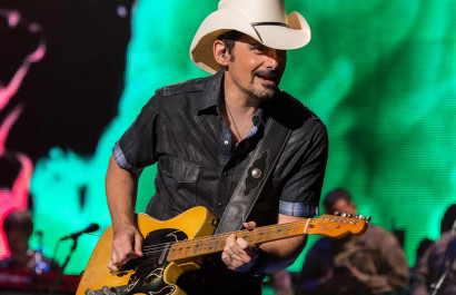 Brad Paisley to headline Sing Out Loud