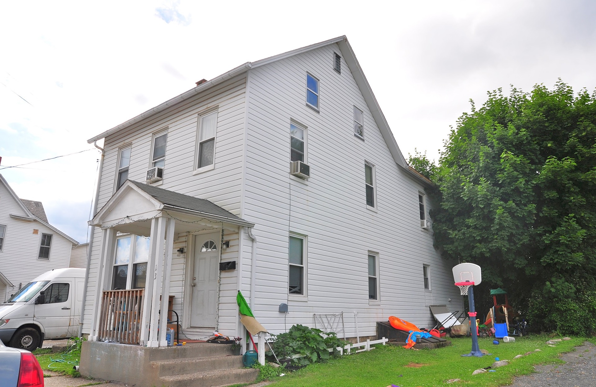 Pen Argyl - 4 Beds 2 Baths $129,900