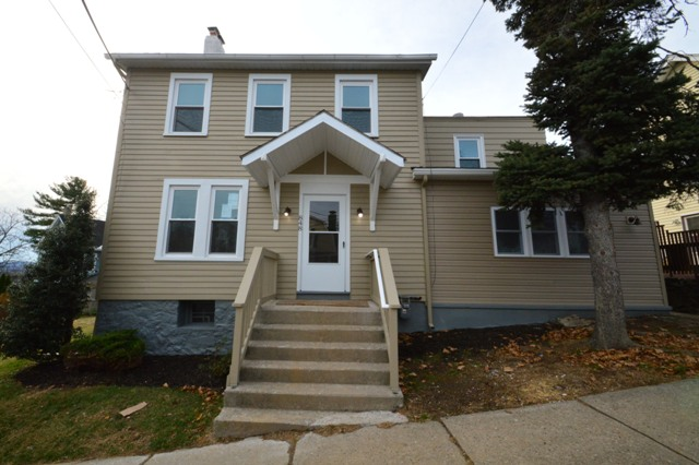 Easton - 3 Beds 1 Baths $174,900