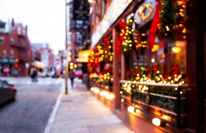 10 Towns Around the World That You Have to See During the Holidays!