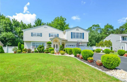 Featured Listing--Clark, NJ 26 Deerwood Drive