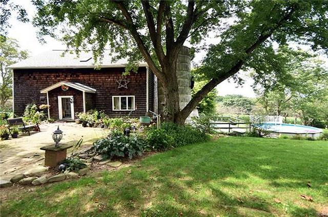 Mount Bethel – 4 Bedroom 2 Bath $275,000