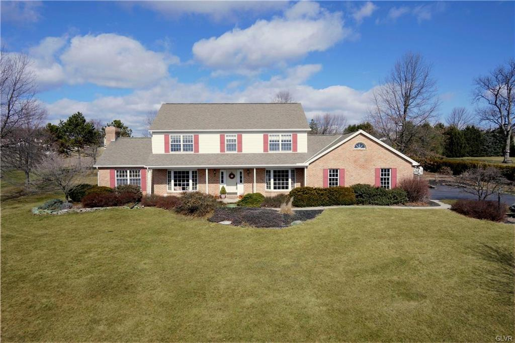 Schnecksville - 4 Bedroom 3 Bath $410,000