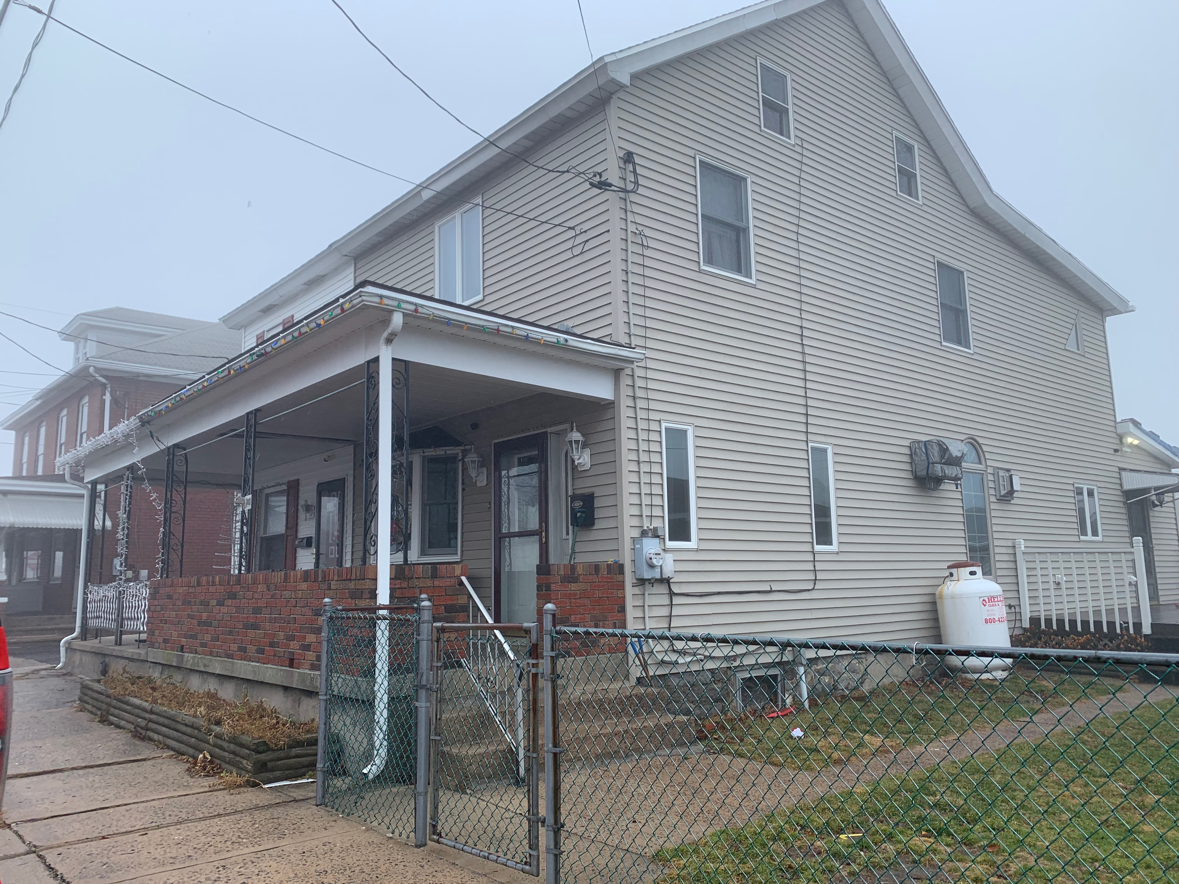 Summit Hill - 3 Bedroom 2 Bath $86,000