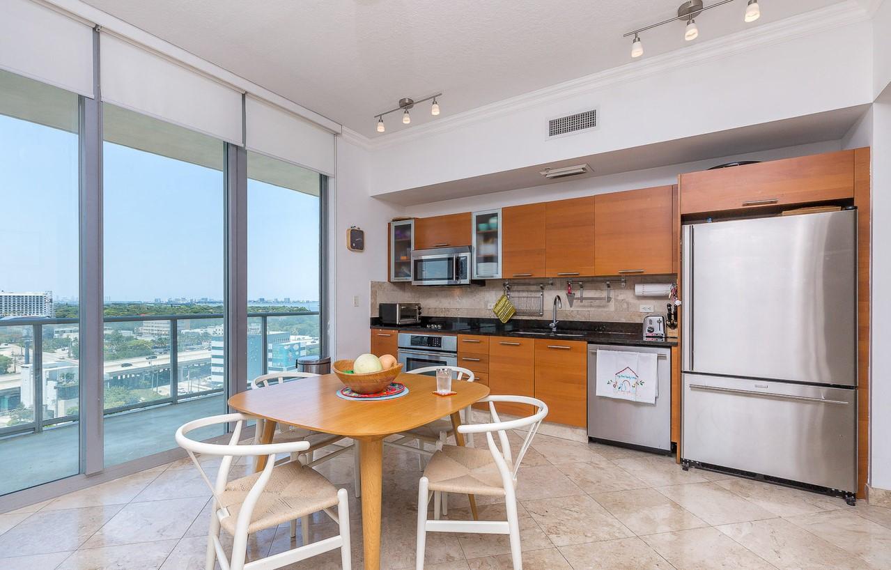 2Midtown H1204 Miami, FL 33137