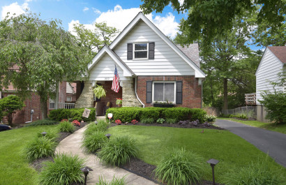 2672 Cedarbrook, Golf Manor   Oyler Hines at Coldwell Banker Realty