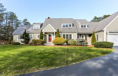Stunning Home with Private Dock &  Deeded Waterfront!
